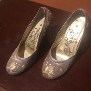 Naughty Monkey bedazzled pumps